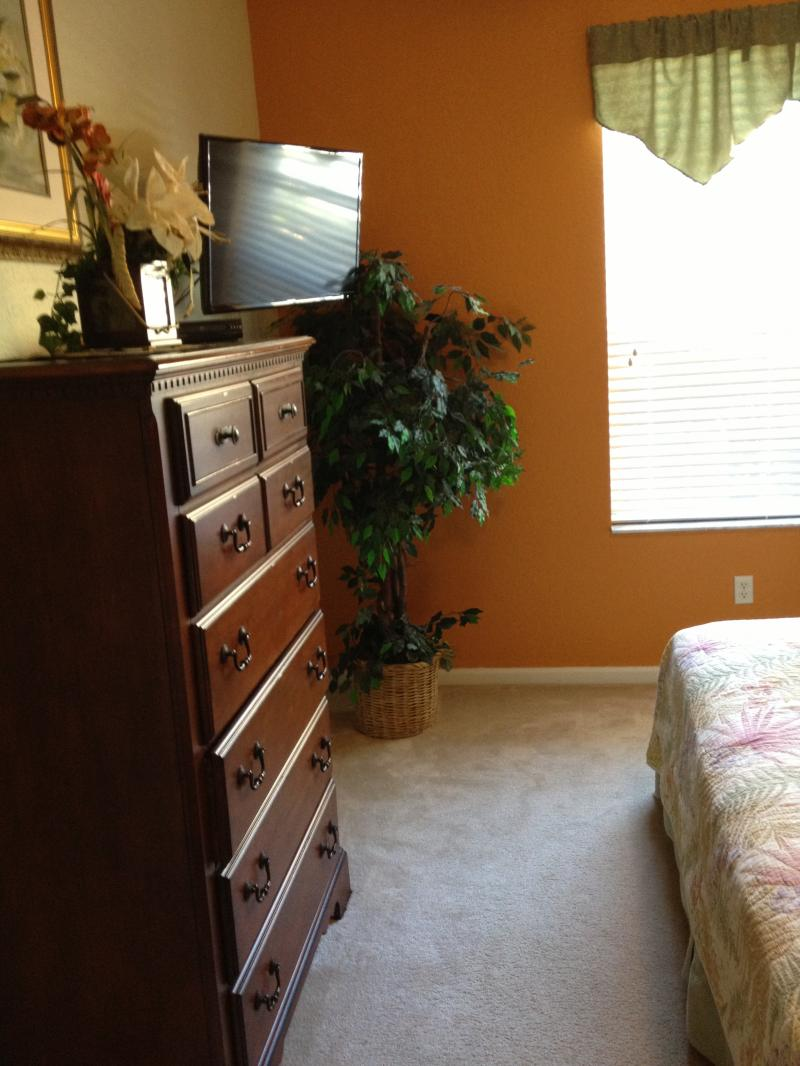 My Business Amenities Of Condo 2 Bedrooms Have King Size